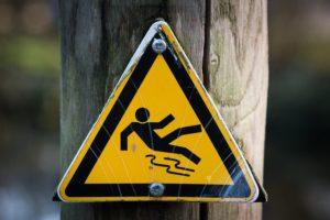 Warnschild rutschig